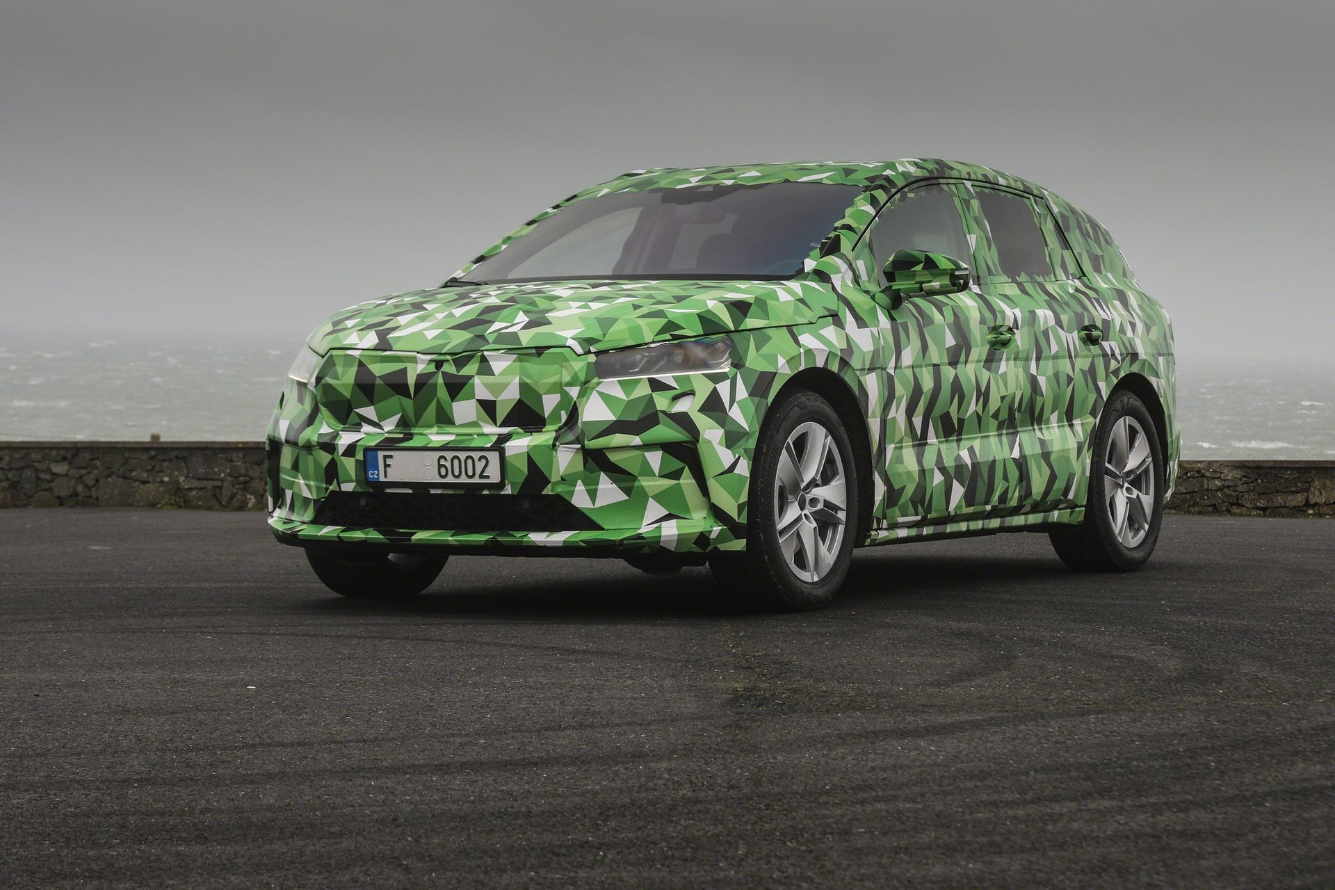 Skoda Enyaq iV 2021 camouflage